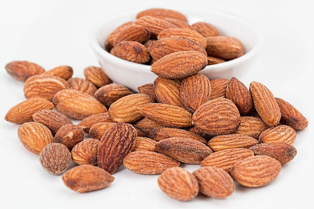 don't eat almonds, almonds, nuts, roasted-1768792.jpg